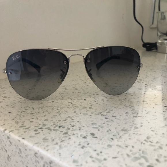 026891bff2caa Ray-Ban Aviator RB3449 Silver grey gradient. M 5a64d8cc00450fd27af0e73e
